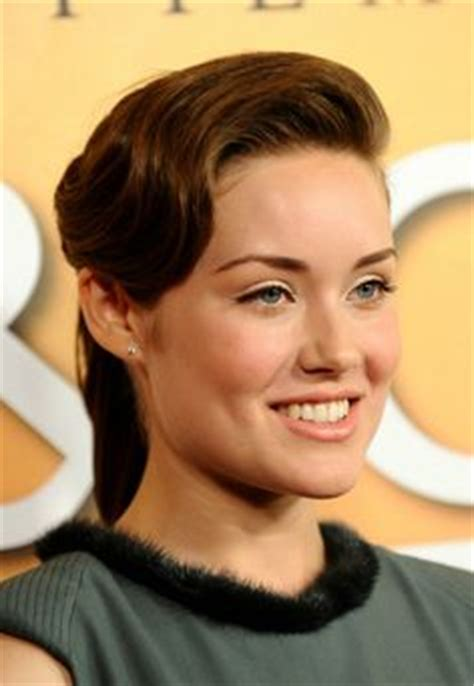 blacklist female star megan boone american actress stars as fbi profiler