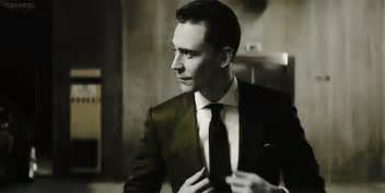 Jaguar Tom Hiddleston Pin By Femy A On Tom Hiddleson Handsome