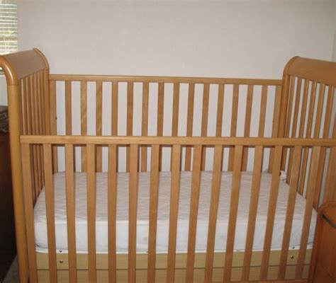 Pali Crib Assembly by Pali Crib With Drawer Underneath For Sale