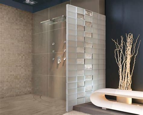 wand aus glasbausteinen duschtrennwand edel mit satin und herbarium badezimmer