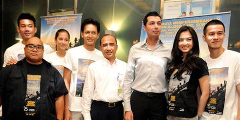 5 cm film indonesia download ganool produksi film 5 cm butuh empat tahun kapanlagi com