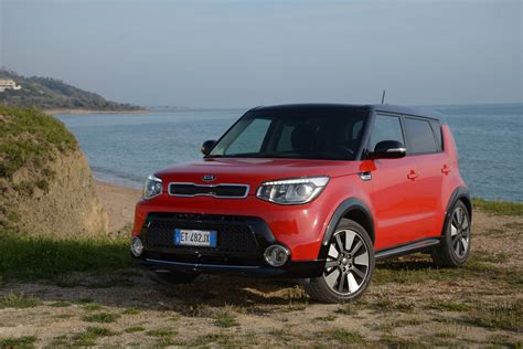 Kia Soul Accessories Uk New Kia Soul 2014 Review Auto Express