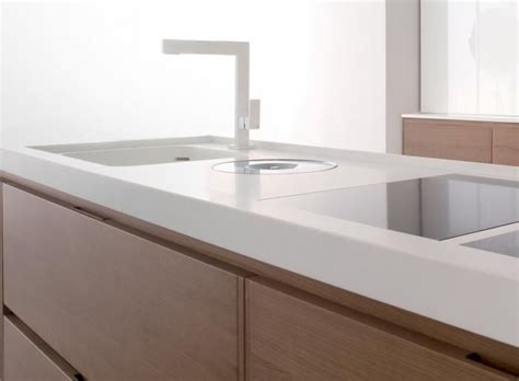 Corian Countertops Durability by 1000 Ideas About White Corian Countertops On