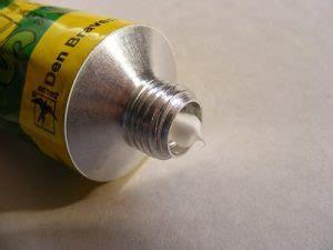 silikon schimmel entfernen silikonfugen entfernen und danach erneuern so geht es