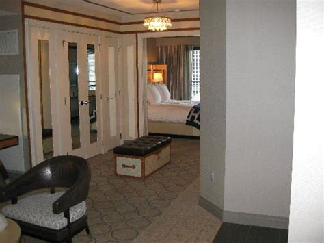 one bedroom terrace suite cosmopolitan one bedroom terrace suite 2095 picture of the