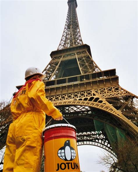 jotun chosen for eiffel tower repaint