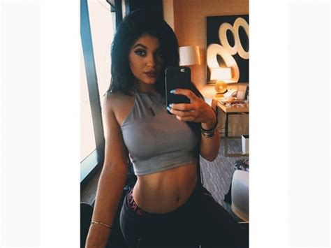 kylie jenner underwear boxer kylie jenner will change the way you look at boxers look