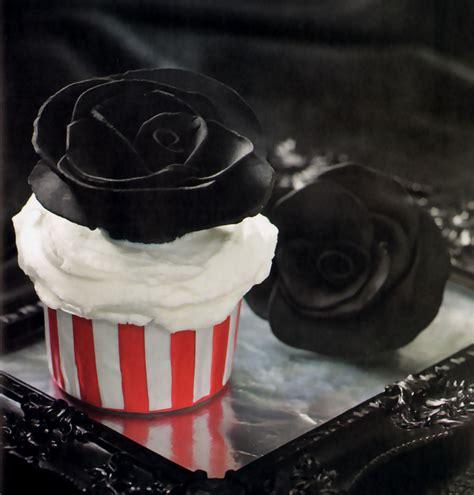 imagenes goticas de rosas negras cupcakes rosas negras la cocina de bender
