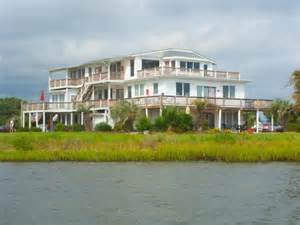 Harborlight Guest House Bed Breakfast Emerald Isle Hotel Deals Hotel Specials In Emerald Isle