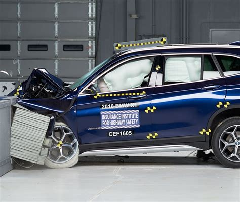 Bmw 1 Series Crash Test by Iihs Awards New Bmw X1 With A Top Safety