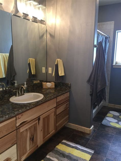 Master Bathroom Color Schemes by Gray And Yellow Color Scheme For Master Bathroom Master