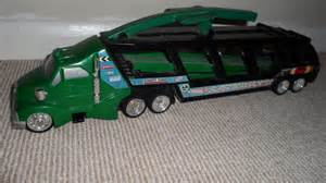 Wheels Truck And Cer Amazing Wheels Car Carrier Car Transporter Articulated