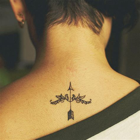 Simple Tattoo Designs For Ladies | simple back tattoos for women tattoo designs piercing