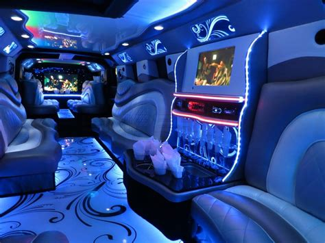 Hummer Limo Interior by Limo Service Chicago H2 Hummer Axle Jet Door