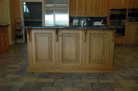 maple island with corbels