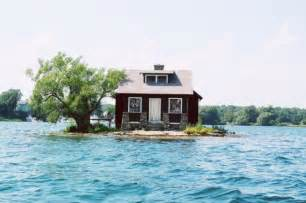 Small Homes On The Water Small Island House 1funny