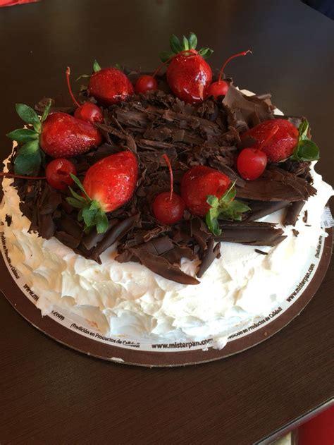 pastel decorado bonito las 25 mejores ideas sobre pastel decorado de chocolate en
