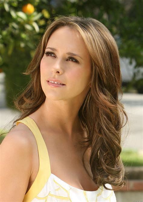 jennifer love hewitt hair ghost whisperer jennifer love hewitt high quality image size 1416x2000