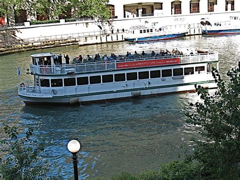 chicago architecture boat tour in spanish river boat tours in chicago