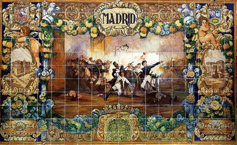 azulejos en sevilla bancos de cer 225 mica y escudos de la plaza de espa 241 a de