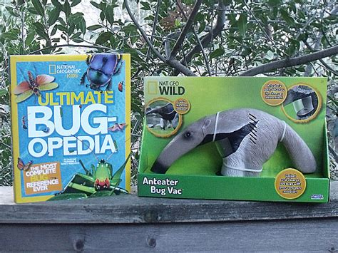 Ultimate Bugopedia The Most Complete Bug Reference 1 national geographic bugopedia and bug vac