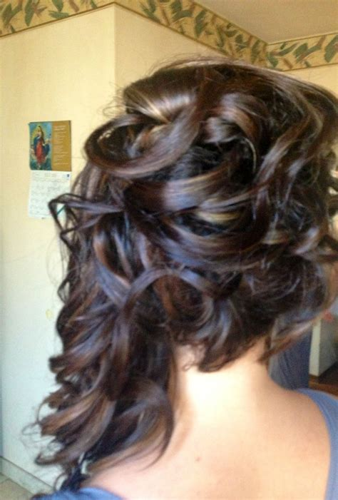 hairstyles to the side with curls pinterest half up half down hairstyle curls to the side hairstyle