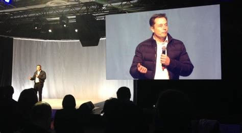 elon musk global internet spacex opening seattle plant to build 4 000 broadband sats