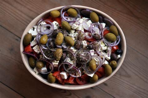 cocina griega 10 platos esenciales para enamorarte de la cocina griega
