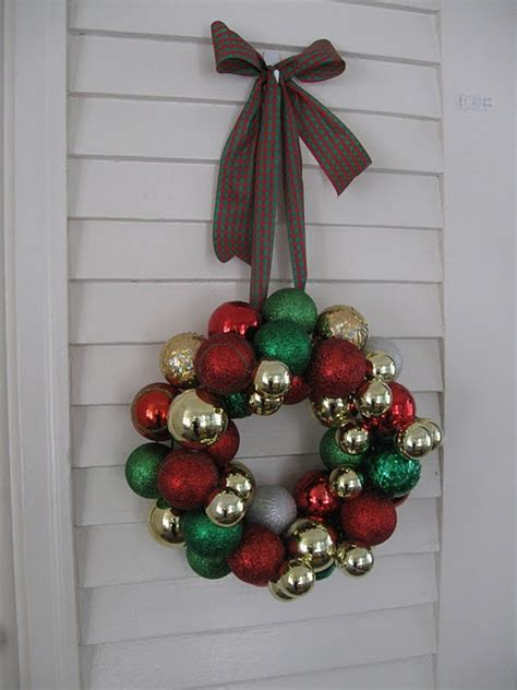 christmas ornament wreath tutorial holiday pinterest