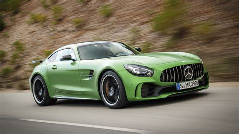 mercedes benz portugal 2018 mercedes amg gt r 2018 mercedes amg gt r first drive the green monster of your dreams