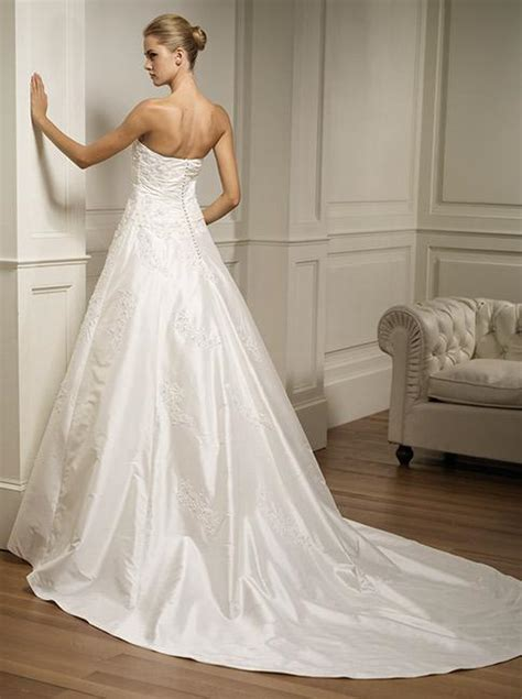 Discount Wedding Gowns by Cheap Wedding Dresses Sang Maestro