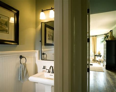 how to paint your bathtub 10 painting tips to make your small bathroom seem larger