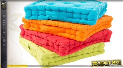 coussin de canapé coussins de sol capitonn 233 s carr 233 s en 4 couleurs 40 x 40 cm