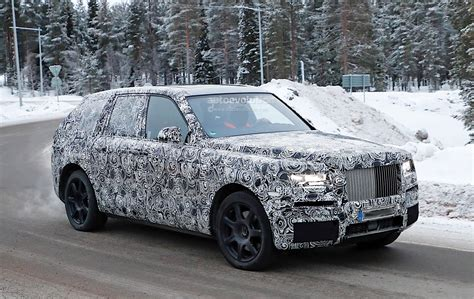 2018 rolls royce cullinan 2018 rolls royce cullinan spied testing with the new