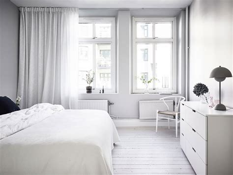 simple  minimalist  white apartment  gothenburg