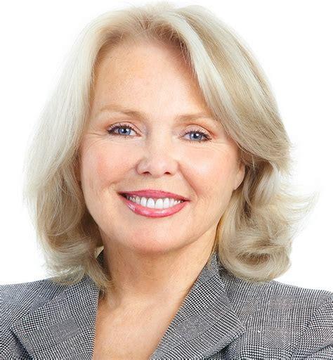 unknown 50 yr old blond women fryzury dla mam fryzjerstwo moja pasja