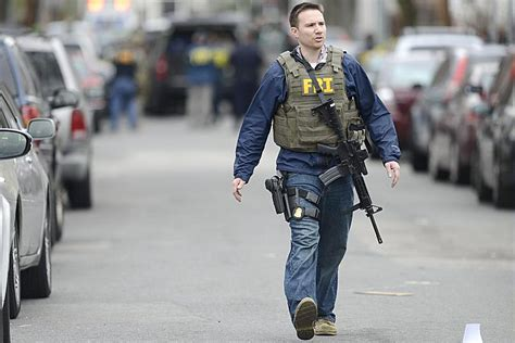 core difference between police and fbi mash men