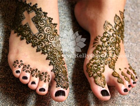 permanent henna tattoo foot henna tattoos caroline