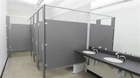 hdpe bathroom partitions