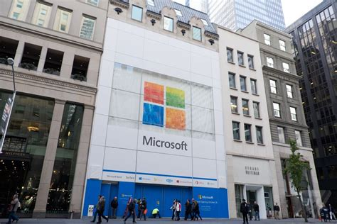 microsoft officially opens flagship store in new york city