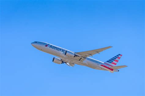 american airlines flight planespotting at dfw founders plaza andy s travel blog