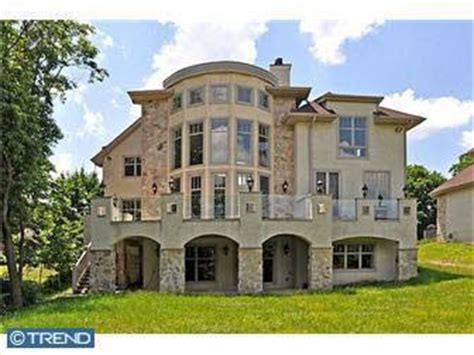 michael vick s house has michael vick bought a house in andorra philly