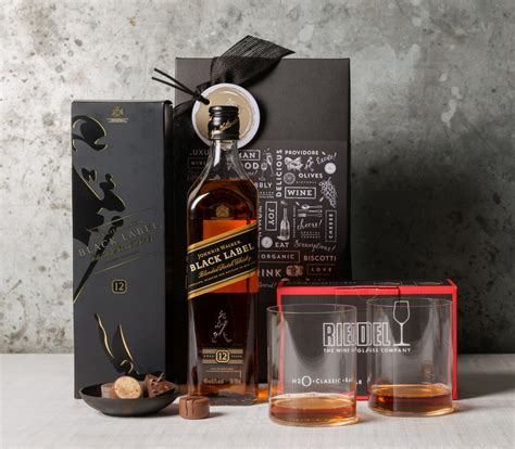 johnny walker black whiskey christmas hers gift