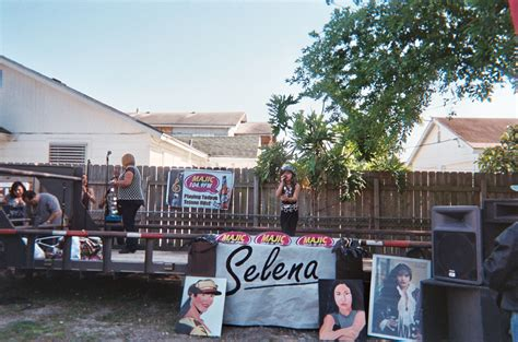 selena quintanilla house selena quintanilla house address www pixshark com images galleries with a bite