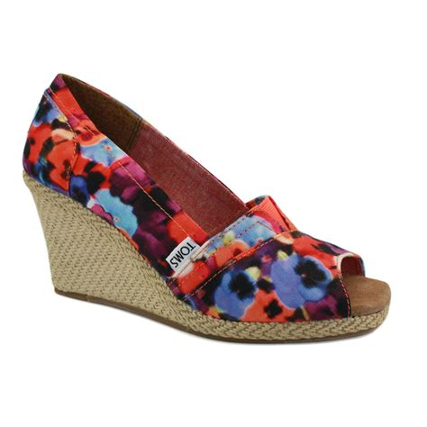 Wedges Floral toms serena wedge 010026b13 womens fabric wedges floral