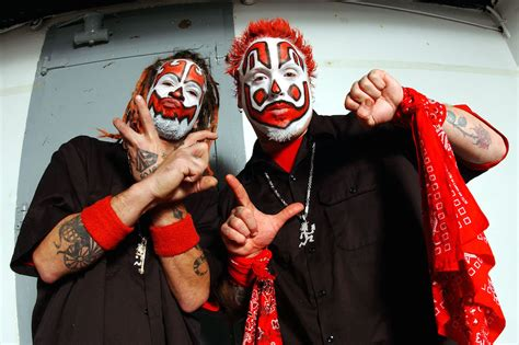 juggalos brutally maul fellow fan for dissing insane clown