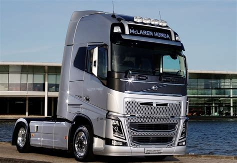 volvo truck 2016 volvo trucks becomes official supplier to the mclaren