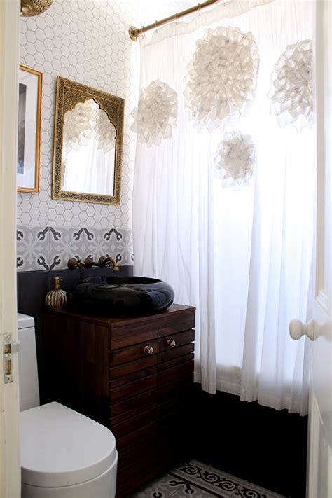 bathroom mixed metals is it okay to mix metals in a room by kimberly duran