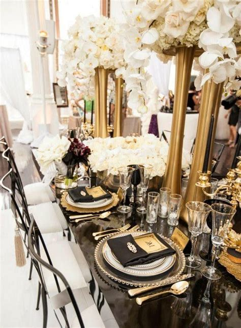 Picture Of elegant black and gold wedding ideas 16