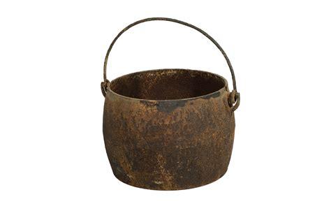 antique cast iron antique cast iron pot with handle